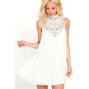 🆕 White Lace Neck Swing Dress